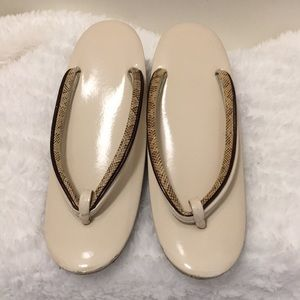 Shoes - Japanese geta,  size 6